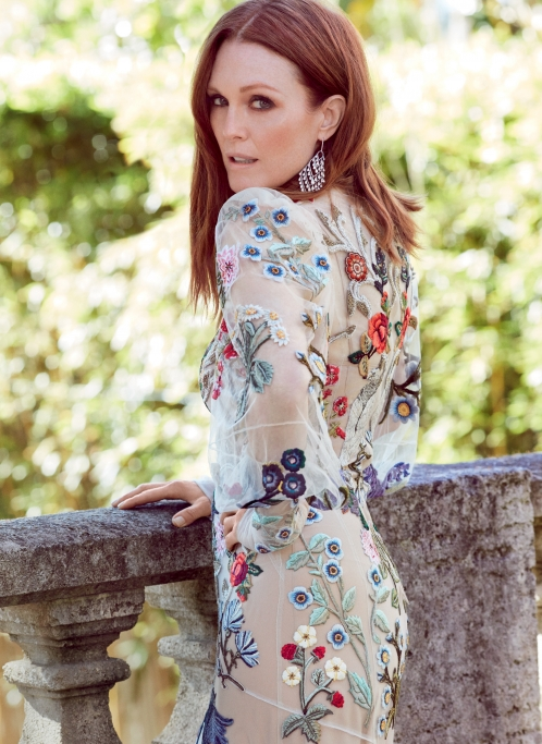 VOGUE RUSSIA x JULIANNE MOORE