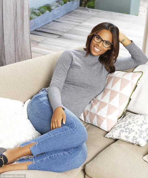 ROCHELLE HUMES X SPECSAVERS
