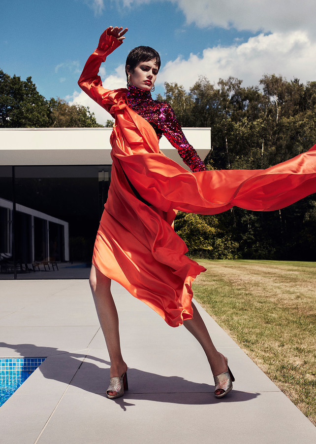 ST Fashion | Power Play