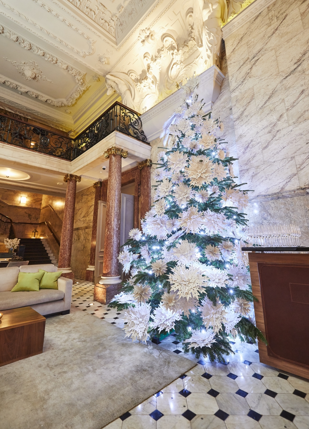 The London Edition | Christmas Decorations