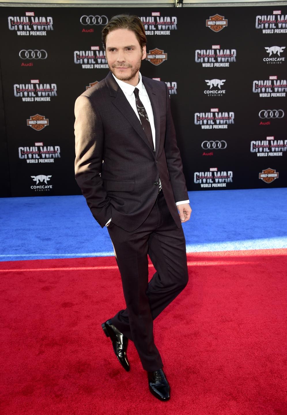 Daniel Bruhl   Captain America
