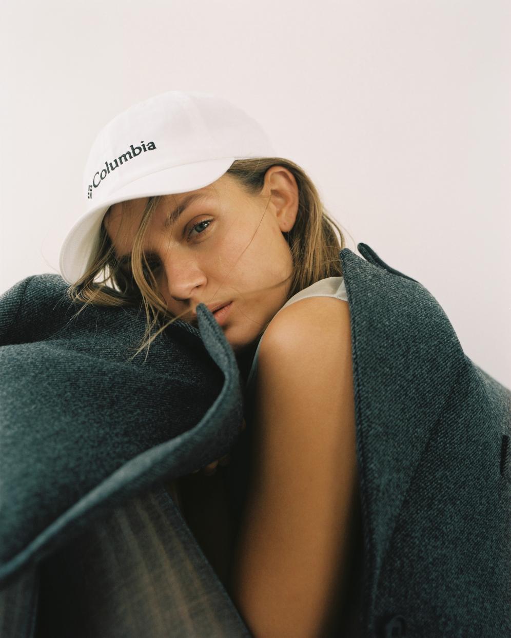 Josephine Skriver | Costume